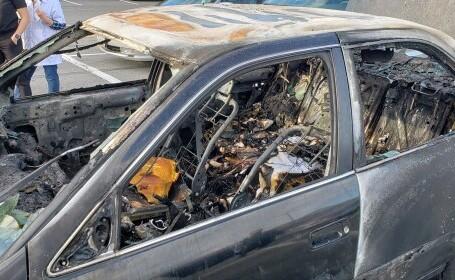 O mașină a luat foc după ce șoferul a folosit dezinfectant în timp ce fuma o țigară