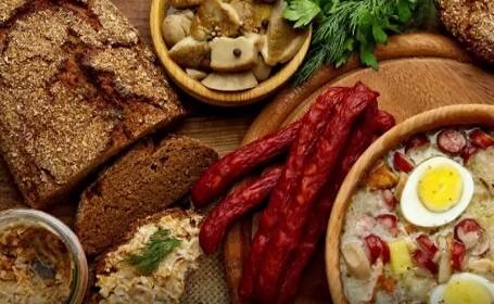 Studiu: care sunt mâncărurile preferate de români. Consumăm uluitor de multe banane