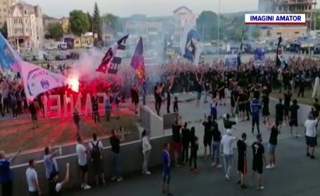 Suporterii nou-promovatei FC U, bătuți și jefuiți de fanii CSU Craiova