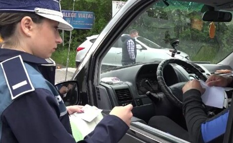 Val de amenzi, după o operațiune amplă a polițiștilor. O mie de șoferi au fost sancționați