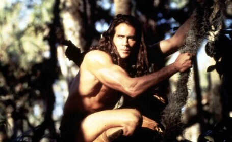 """Care este cauza accidentului aviatic în care a murit actorul Joe Lara, din seria """"Tarzan"""""""