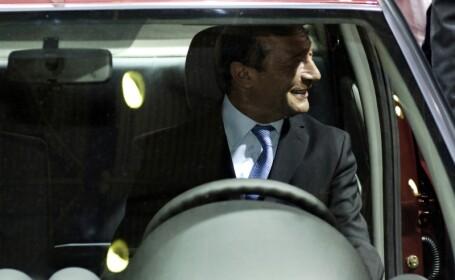Basescu la volan