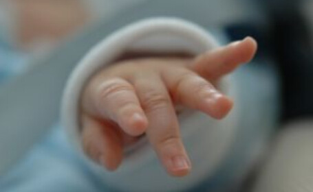 Primul copil nascut in Bucuresti in 2010 este o fetita!