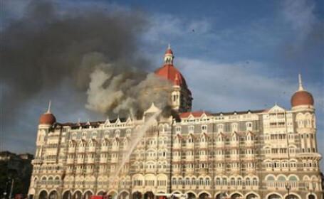 Hotel atacat de teroristi in India