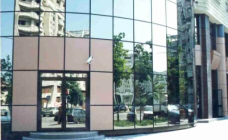 Surpriza. Marile banci sfatuiesc investitorii: cumparati titluri romanesti