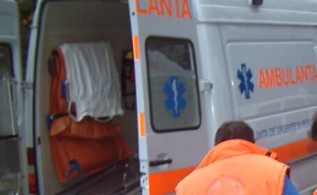 Peste 50 de romi au facut scandal in fata Spitalului de copii din Iasi!