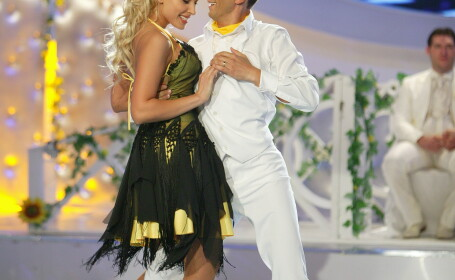 Iulia Vantur si Cosmin Stan la Dansez pentru tine
