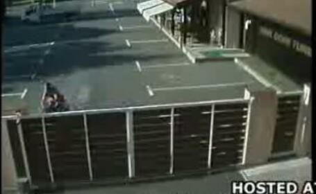 motocicleta in gard