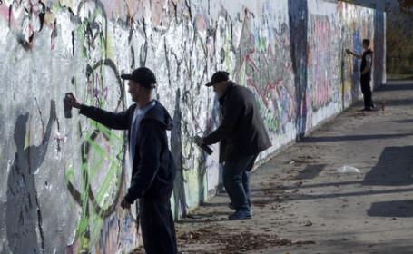 Caderea Zidului Berlin ului