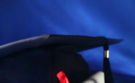 Cum arata femeia care si-a luat diploma de bacalaureat la varsta de 99 de ani. \