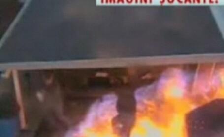 IMAGINI SOCANTE! Explozie la o rafinarie din SUA!