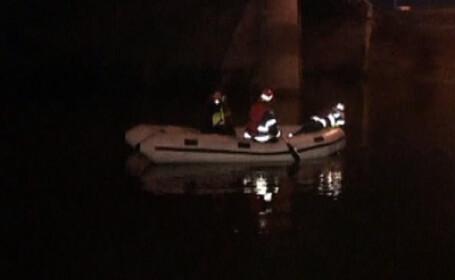 S-a aruncat de pe podul din Agigea in Canalul Dunare-Marea Neagra
