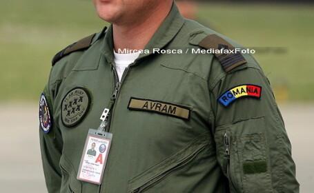 Lacrimi pentru un erou! Pilotul Sorin Avram, inmormantat