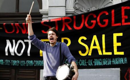 Studentii britanici, din nou in strada! Taxele de scolarizare se vor majora
