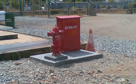 Un hidrant i-a venit de hac unui fugar din statul american California