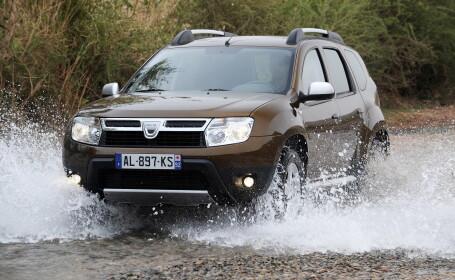 Dacia Duster apa