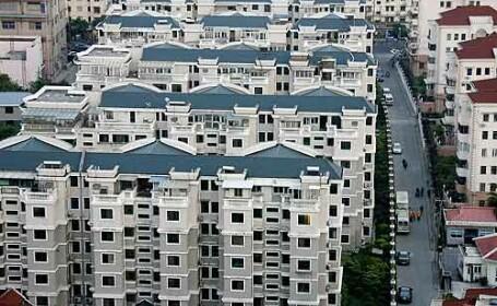 Culmea crizei la chinezi: apartamentele se vand cu un BMW in garaj