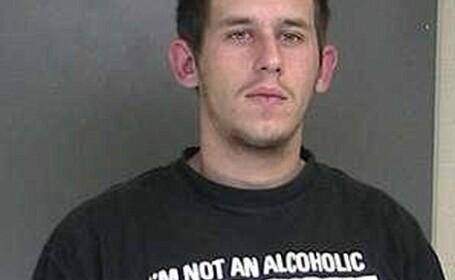 Tricoul pe care il purta l-a dat de gol in fata politiei. E tupeu sau doar inconstienta? VIDEO