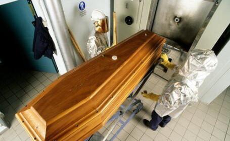 Final neasteptat la un crematoriu din America. Un cadavru de 225 de kilograme a provocat un adevarat dezastru