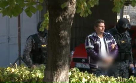 Un boxer anonim din Romania cu o avere impresionanta. Ce au descoperit politistii despre el