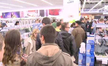Comerciantii au dat lovitura de Black Friday. Cumparaturi de 50 de milioane de euro in trei zile