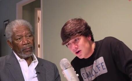 Pustiul de 15 ani care il imita impecabil pe Morgan Freeman. VIDEO