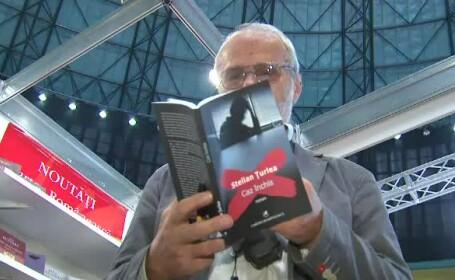 Scriitorul Stelian Turlea a lansat vineri romanul \
