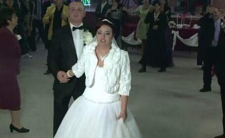 Alegerile prezidentiale i-au stricat nunta unei mirese din Braila. Reactia ei cand a aflat ca petrecerea se termina la 04:00