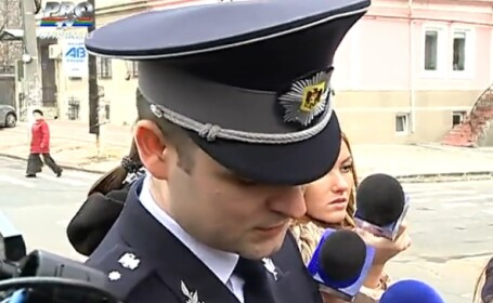 Politistii moldoveni primesc tablete si telefoane \