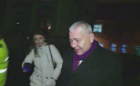 Senatorul Marius Nicoara a intrat cu masina intr-un taxi, dupa ce s-ar fi urcat baut la volan. \