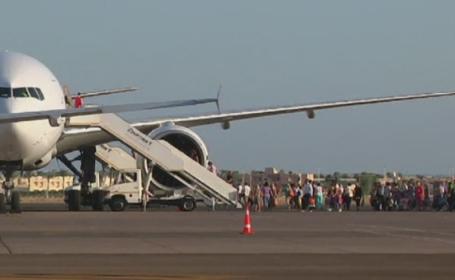 Egiptul se goleste de turisti dupa prabusirea avionului. 155 de romani, dar si mii de britanici si rusi au ajuns acasa