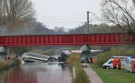 TGV deraiat in Franta: bilantul s-a ridicat la 10 morti si 37 de raniti. In tren se aflau si copii
