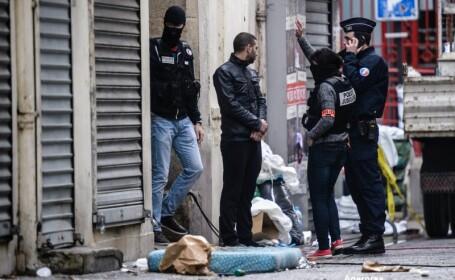 Raid fortele de ordine in Saint-Denis
