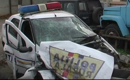 Politist mort in misiune, dupa ce masina sa a fost lovita de un sofer care circula pe contrasens. Doi copii au ramas orfani