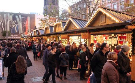 Cea mai mare piata de Craciun din Manchester, evacuata dupa o alerta falsa. Un tanar ar fi reclamat un \