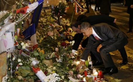 Omagiu adus de presedintii Barack Obama si Francois Hollande: cei doi au depus flori in fata salii Bataclan
