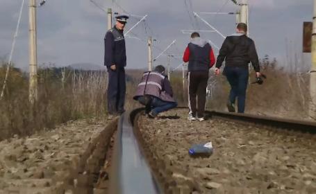 Ancheta la Dej, dupa ce adolescenta de 15 ani a cazut inexplicabil din tren. Cele doua ipoteze posibile