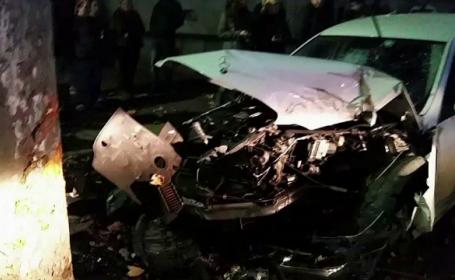 Patru tineri au ajuns la spital, dupa un accident in Mamaia. Politistii vor sa afle daca participau la o cursa ilegala