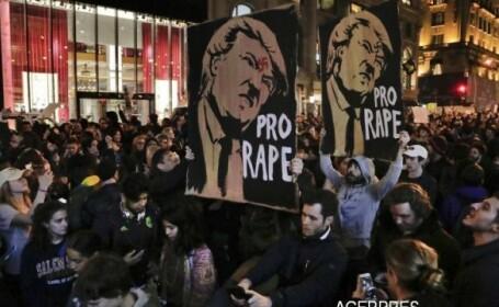 Mii de americani au protestat in strada in SUA dupa victoria lui Donald Trump: Nu este presedintele nostru