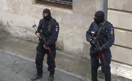 Un italian care a fost dat in urmarie internationala, prins intr-o comuna din Dolj. Ce acuzatii i s-au adus suspectului