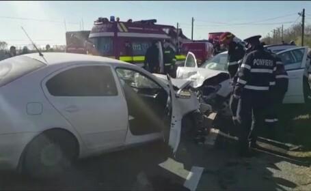 Două femei, rănite grav, într-un accident rutier. Șoferul are 22 de ani
