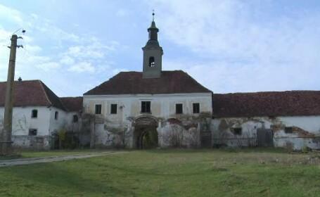 Castelul Teleki din Bistriţa, restaurat cu bani de la UE. După Revoluţie a fost abandonat