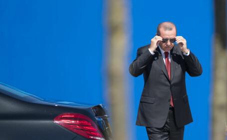 Şeful NATO l-a sunat pe Erdogan ca să-şi ceară scuze. \