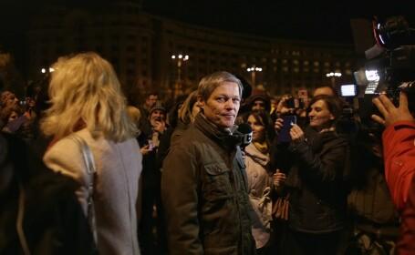 Dacian Cioloș, proteste