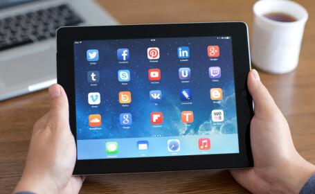 iPad, retele sociale