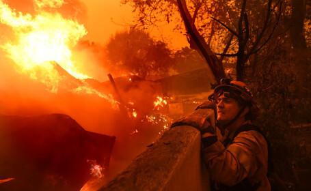 9 morți după incendiile din California. Lady Gaga, Cher și Kim Kardashian, evacuați din Malibu