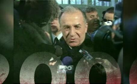 """""""100 de ani în 100 de zile"""". 2000 - Iliescu revine la conducerea ţării, au loc cele mai mari inundații"""