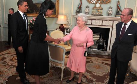 Michelle Obama si Regina Elisabeta