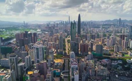 Orașul care în 40 de ani s-a transformat din sat de pescari în una din cele mai bogate metropole din lume
