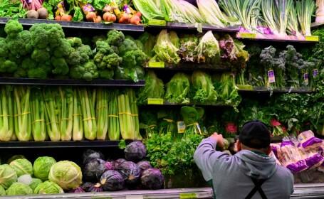 Salată contaminată cu E.coli. Zeci de oameni s-au îmbolnăvit deja